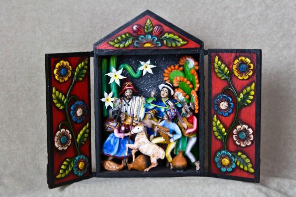 nativity-241-peru-wood-retablo-1